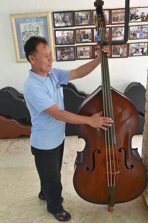 Alegre Bass Fiddle