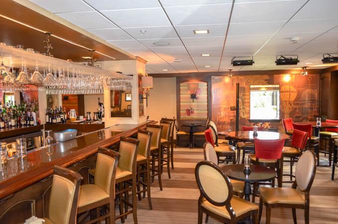 Chaz Bar