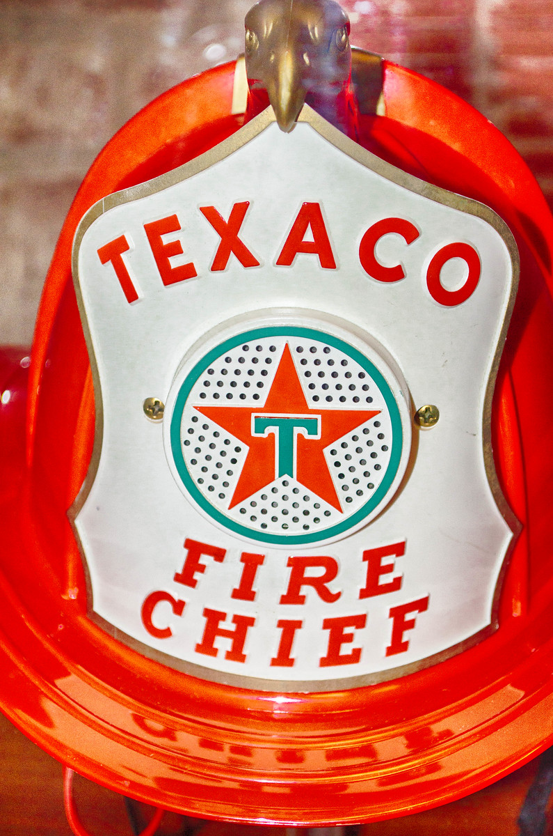 Texaco Fire Chief Helmet Air Terminal Museum
