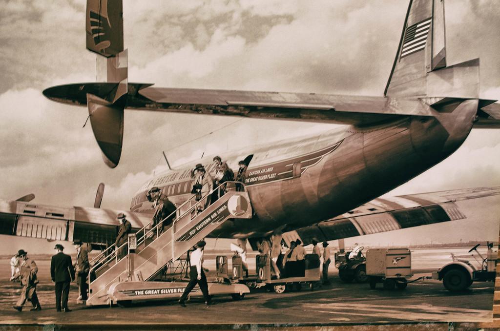 Passengers arriving Air Terminal Museum