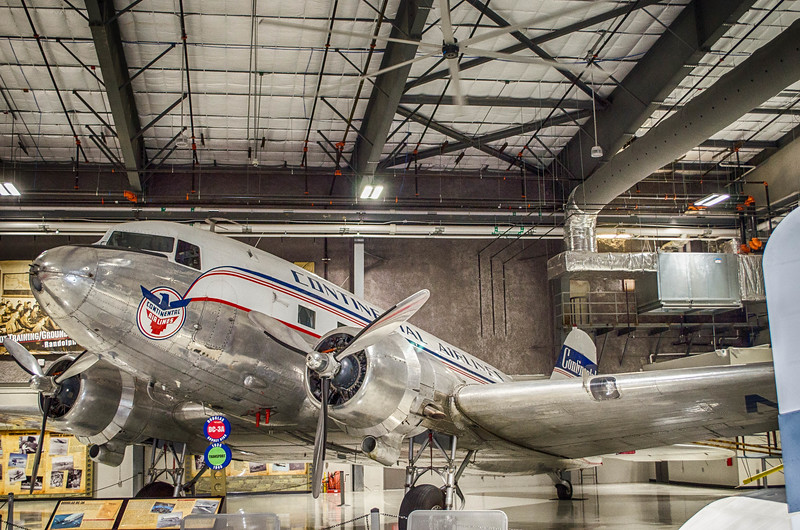 Continental Airlines DC 3-A