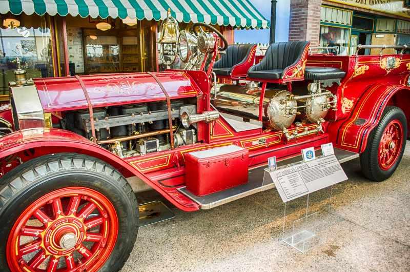 1917 American LaFrance Fire Truck