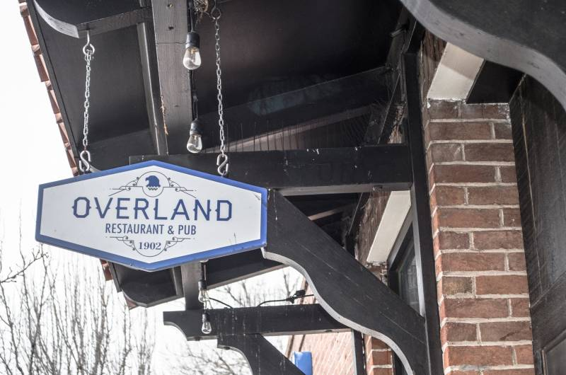 Overland Park Restaurant and Pub