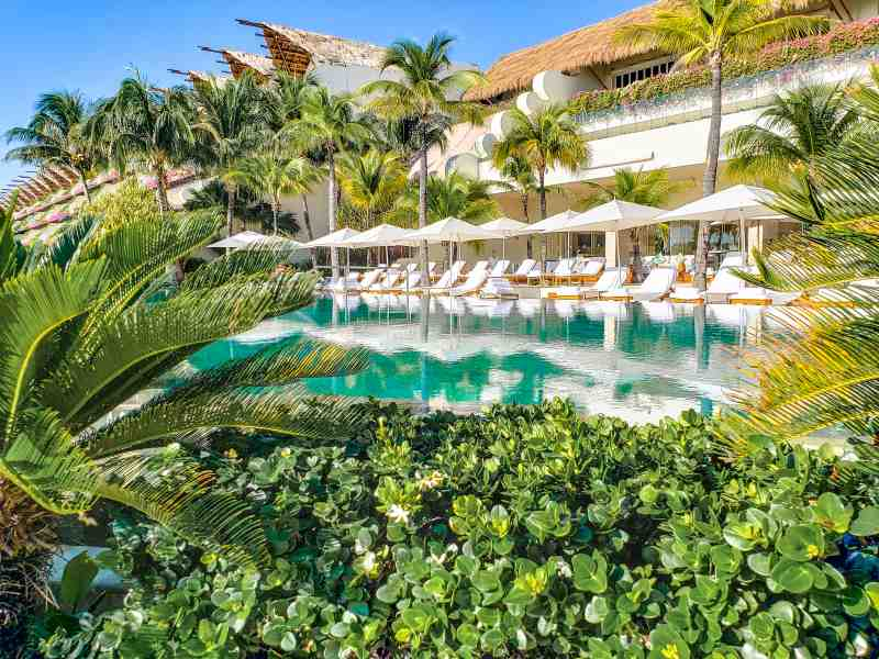 Grand Velas Pool