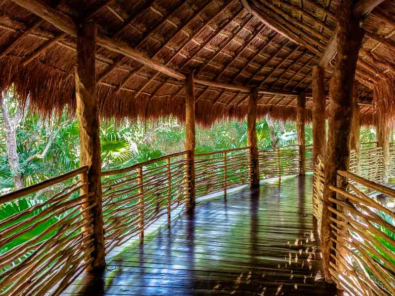 Grand Velas Zen Ambiance Walkway