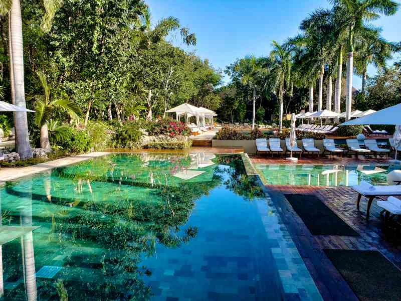 Grand Velas Zen  Pool