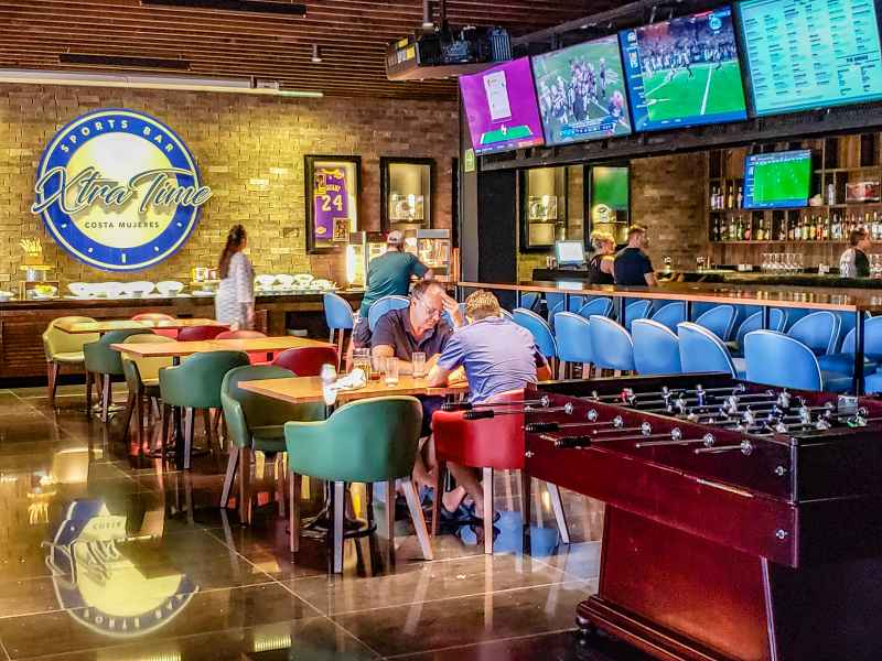 Sports Bar at Grand palladium Resort and Spa Costa Mujeres