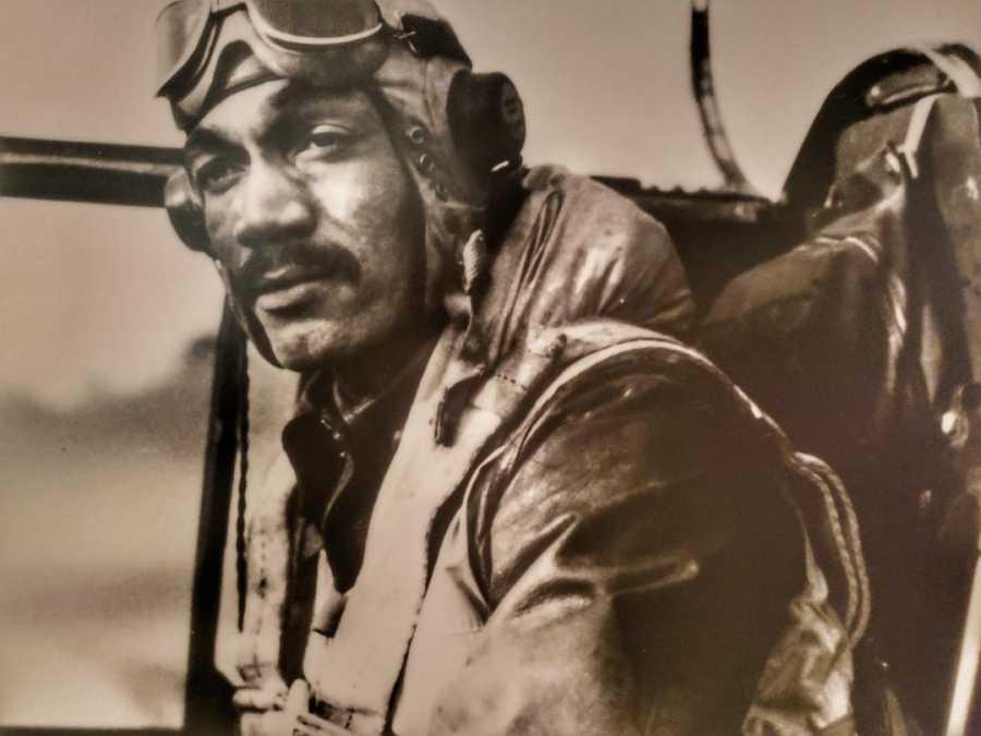 Pilot Tuskegee Airmen