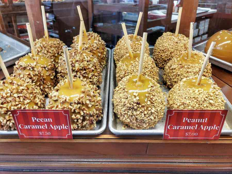 Savannahs Candy Kitchen Candied Apples