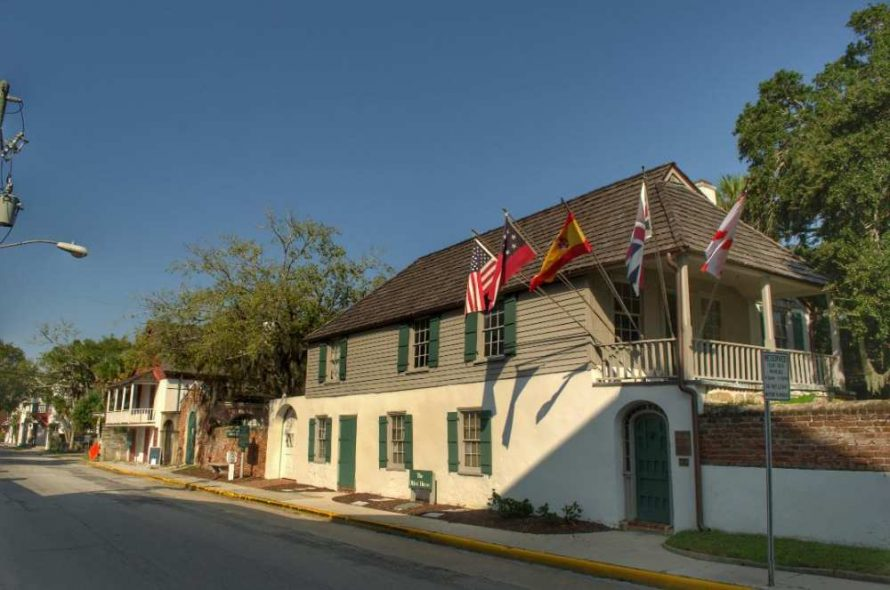 Gonzalez Alvarez House
