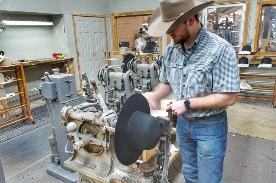 forming cowboy hat